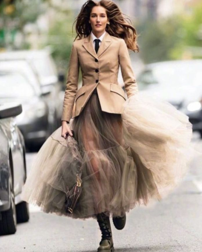 Gonna-tulle-dior-anfibi