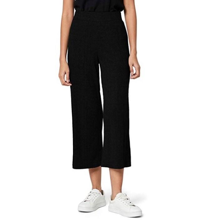Cliomakeup-copiare-look-tyra-banks-25-pantaloni-lunghi-vita-alta