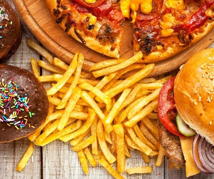 cliomaeup-alimentazione-sonno-23-alimenti-grassi