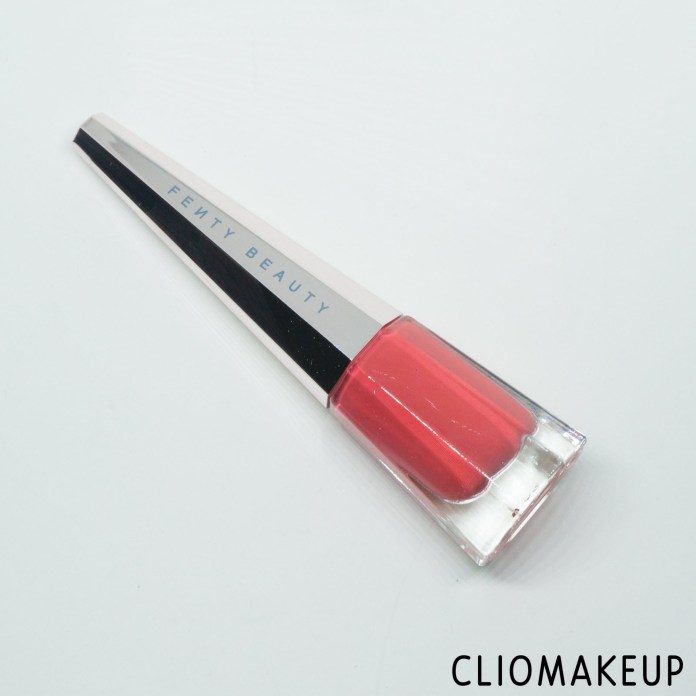 cliomakeup-recensione-rossetto-liquido-fenty-beauty-stunna-lip-paint-unattached-2