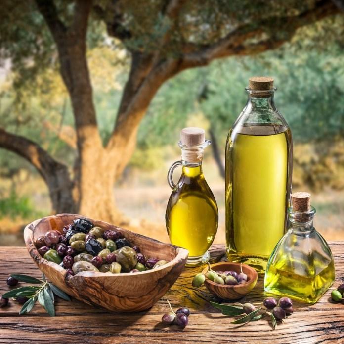 cliomakeup-dieta-mediterranea-dimagrire-menu-11-olio.jpg
