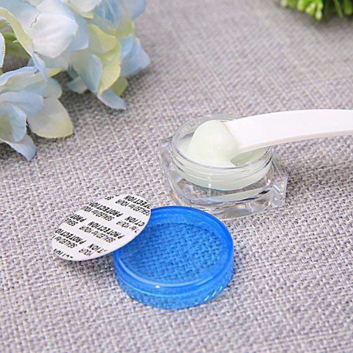 cliomakeup-fondotinta-per-pelle-con-acne-5-palette-igienica-crema