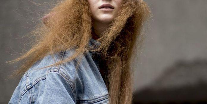 cliomakeup-capelli-crespi-4-effetto-frizz