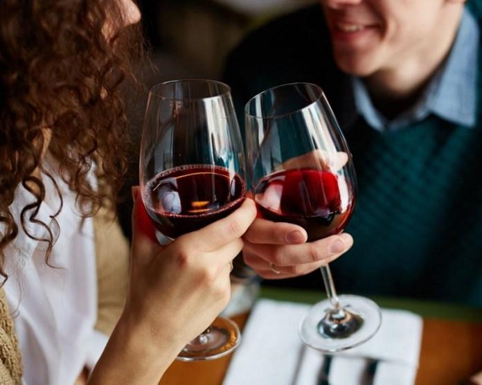 cliomakeup-corretta-alimentazione-prevenzione-tumori-cancro-8-drink-wine