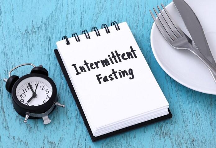 cliomakeup-digiuno-rischi-14-intermittent-fasting.jpg