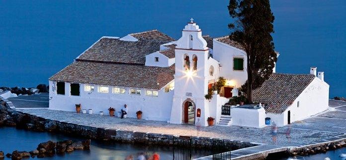 isole greche più belle: monastero di Corfù