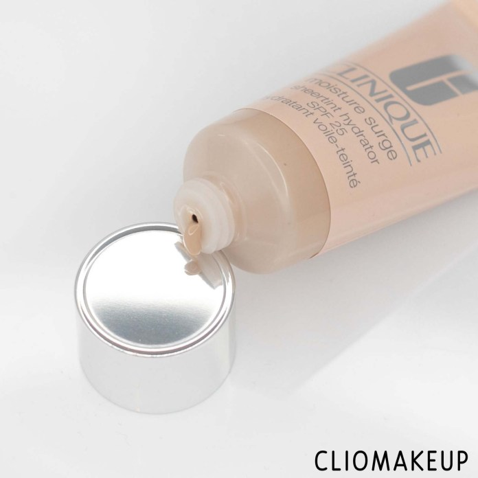 cliomakeup-recensione-fondotinta-clinique-moisture-surge-sheertint-hydrator-5