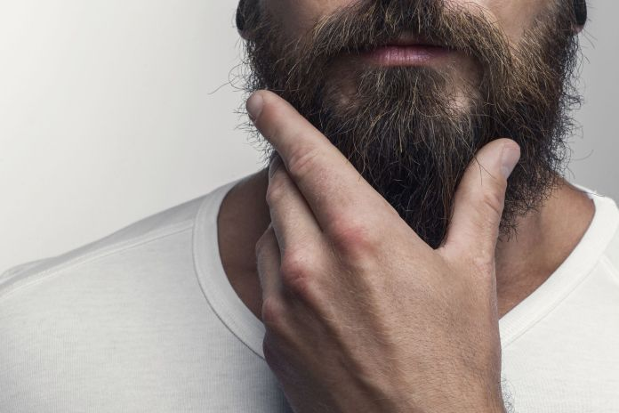 Cliomakeup-curare-barba-uomo-2-barba-lunga