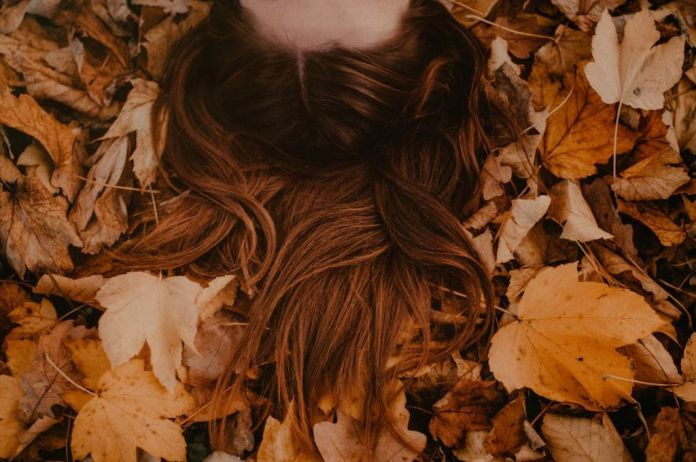 cliomakeup-caduta-capelli-autunno-1-copertina