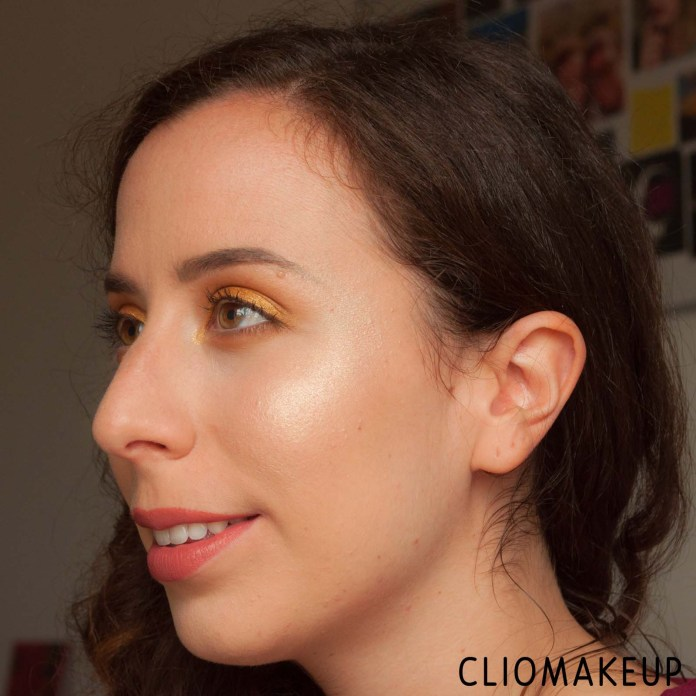 cliomakeup-recensione-palette-illuminanti-essence-you-are-gold!-highlighter-palette-10