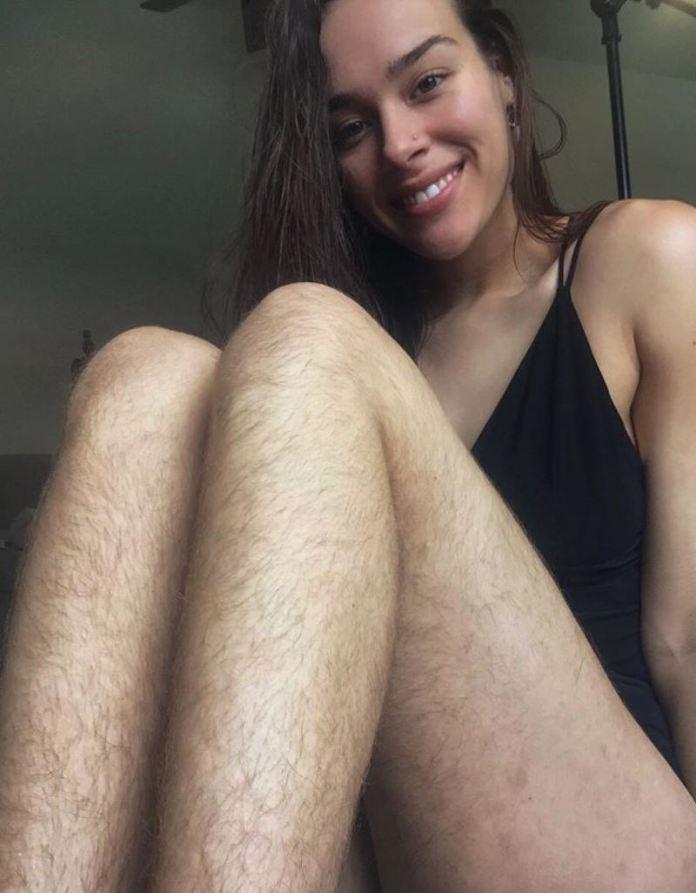 cliomakeup-verità-depilazione-intima-14-peli-gambe