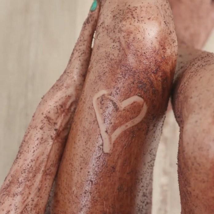 cliomakeup-peeling-corpo-scrub-fai-da-te-2-scrub-gambe