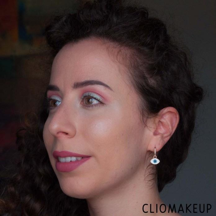 cliomakeup-recensione-illuminante-essence-the-highlighter-13