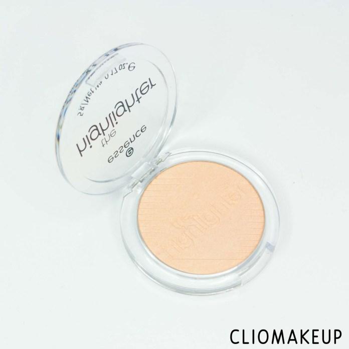 cliomakeup-recensione-illuminante-essence-the-highlighter-4
