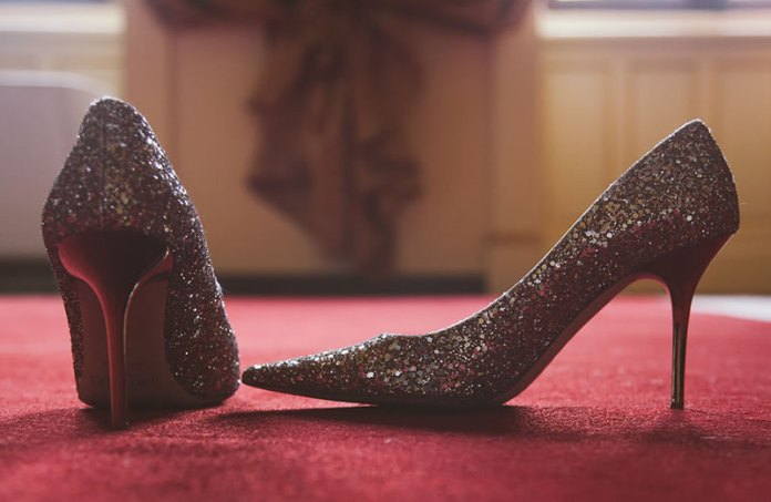 cliomakeup-scarpe-must-have-8-decollete-glitter