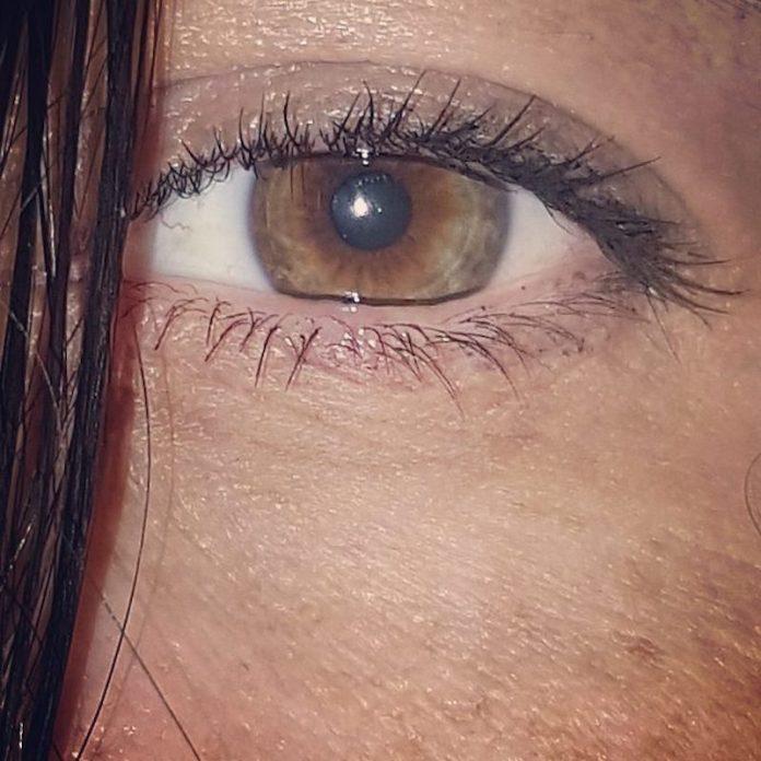 ClioMakeUp-creme-contorno-occhi-4-occhio.jpg