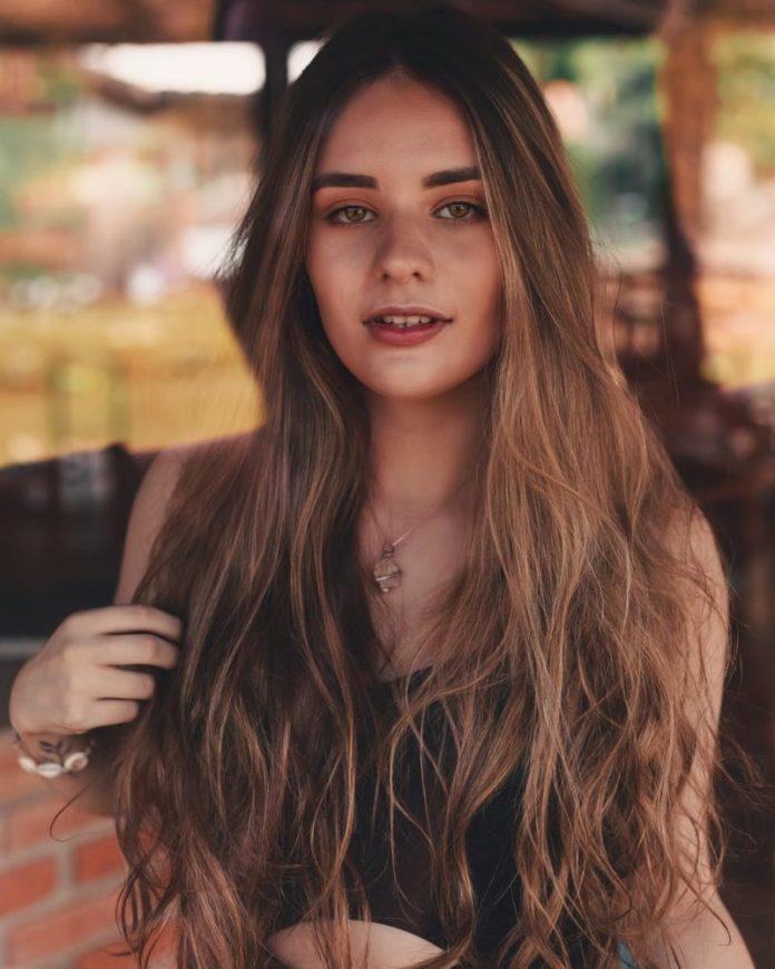 cliomakeup-cura-capelli-lunghi-autunno-18-lucentezza