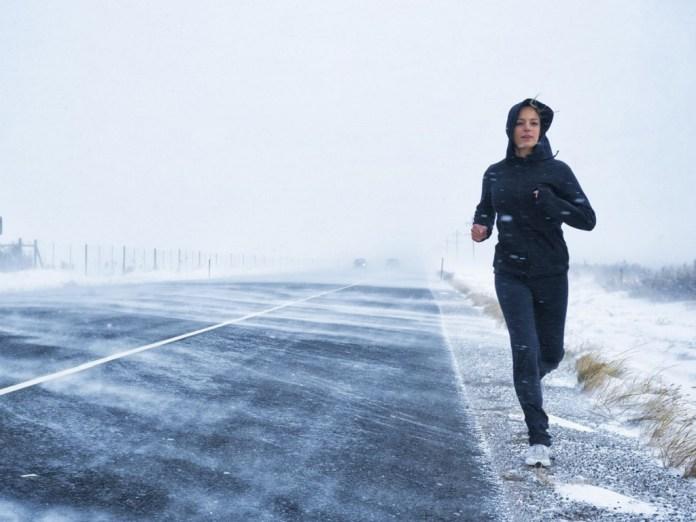 cliomakeup-sport-all-aperto-1-jogging-winter
