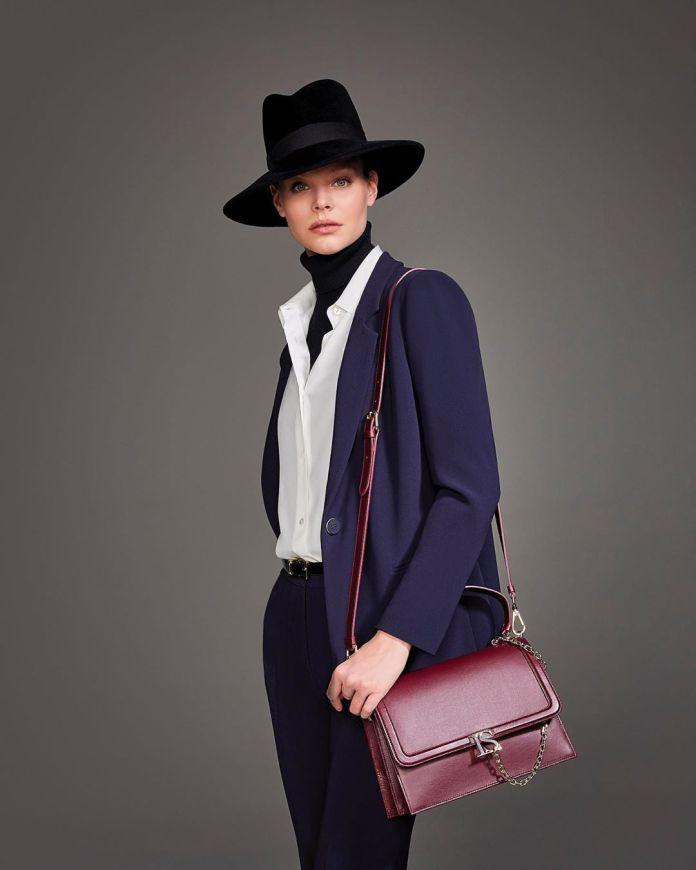 Cliomakeup-pantaloni-colorati-per-inverno-14-luisa-spagnoli-viola
