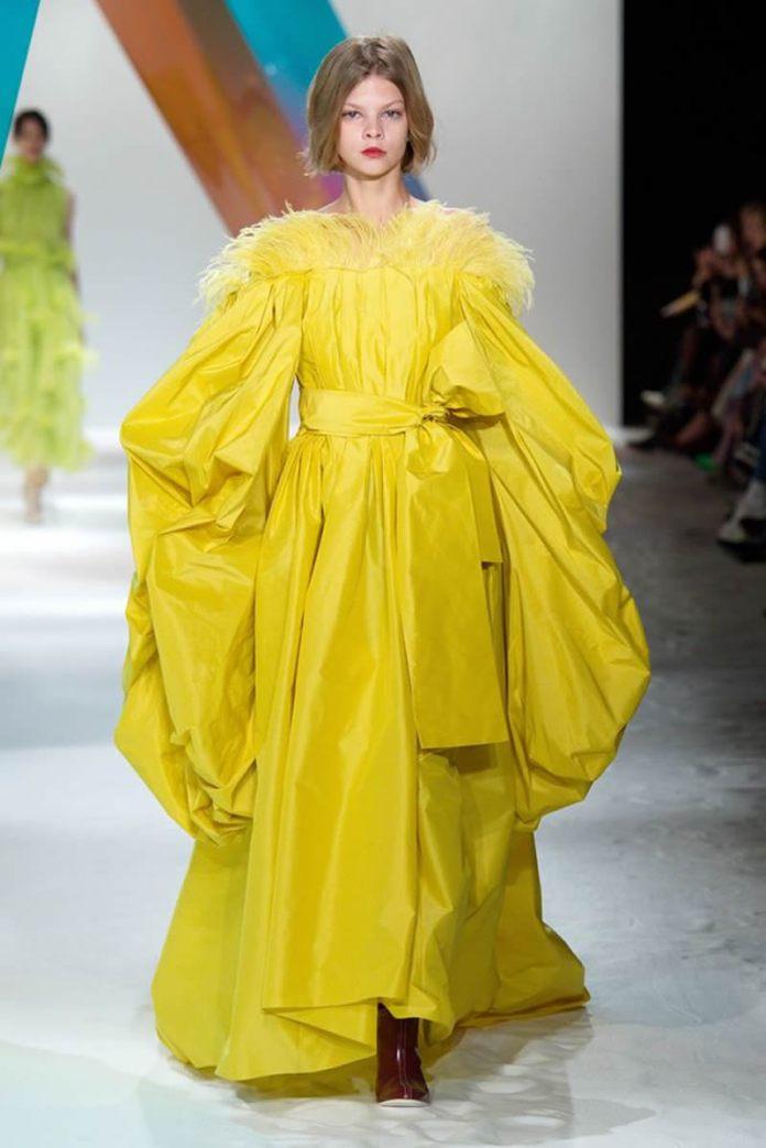 cliomakeup-tendenze-moda-primavera-estate-2020-15-roksanda-piume