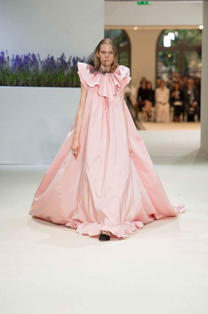 cliomakeup-tendenze-moda-primavera-estate-2020-16-giambattista-valli