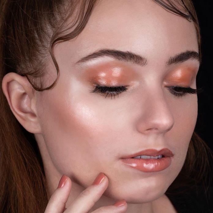 Cliomakeup-make-up-san-valentino-2020-9-glossylids