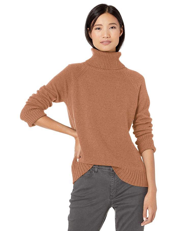 Cliomakeup-margot-robbie-look-23-pullover