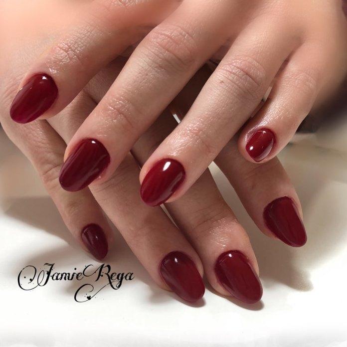 Cliomakeup-unghie-rosso-cherry-pie-14-jamieerre