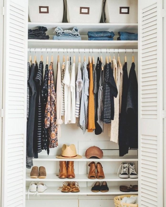 marie kondo: armadio organizzato secondo il metodo konmari