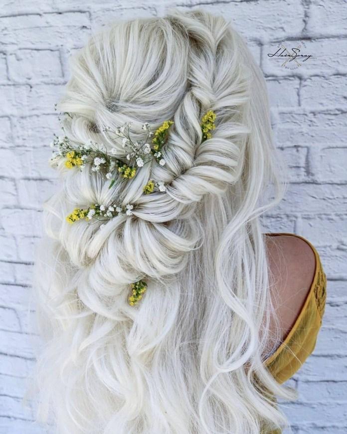 cliomakeup-capelli-bianchi-lunghi