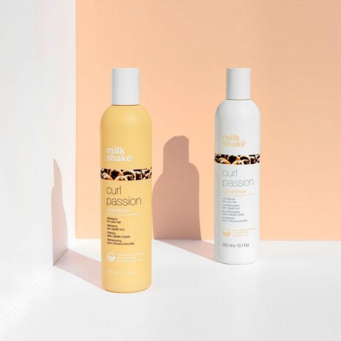 Prodotti capelli ricci: milk shake curl passion shampoo