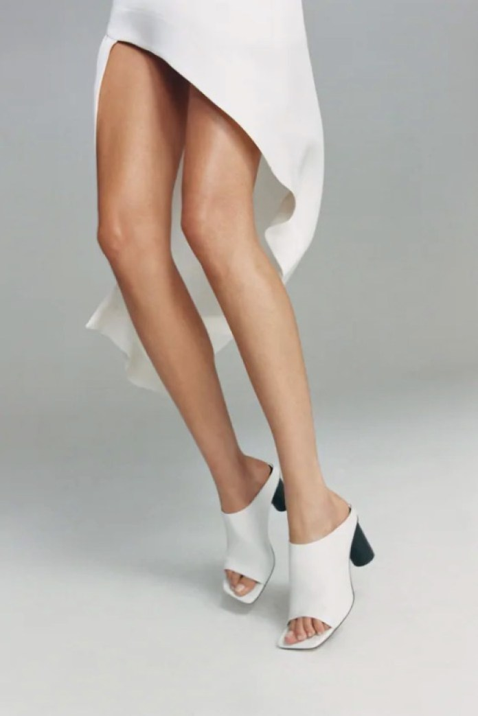 Cliomakeup-scarpe-con-tacco-estate-2020-10-mules-zara