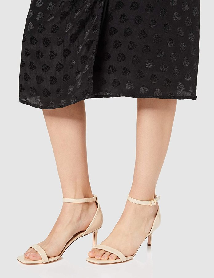 Cliomakeup-scarpe-con-tacco-estate-2020-20-find-Donna-Sandali