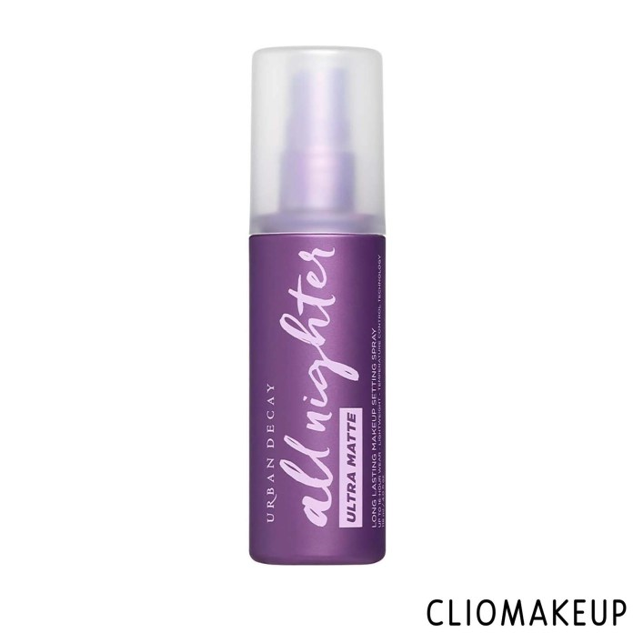 cliomakeup-recensione-spray-fissante-urban-decay-all-nighter-ultra-matte-long-lasting-makeup-setting-spray-1