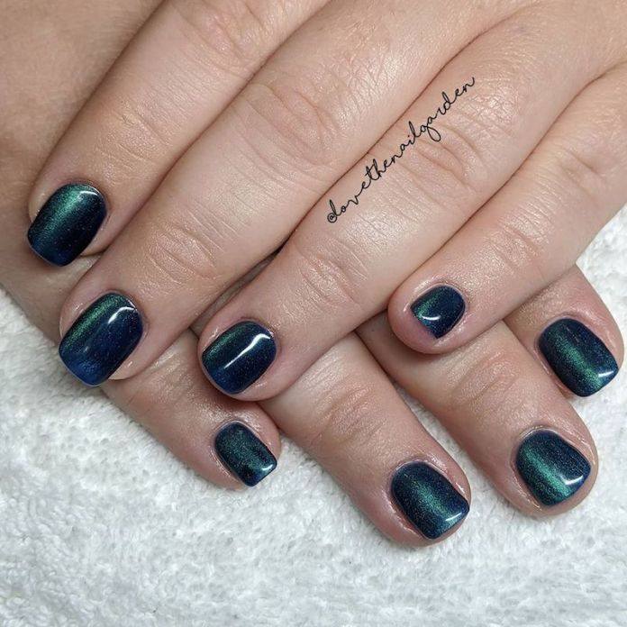 cliomakeup-tendenza-unghie-cats-eye-nails-teamclio-7
