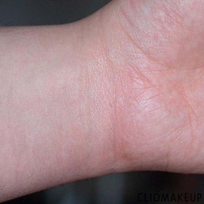 cliomakeup-recensione-primer-occhi-kat-von-d-vegan-beauty-shake-primer-high-impact-eyeshadow-primer-8