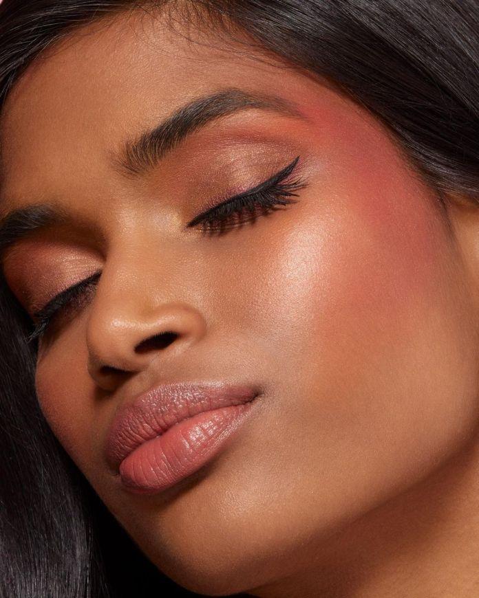 Cliomakeup-draping-blush-narsissist