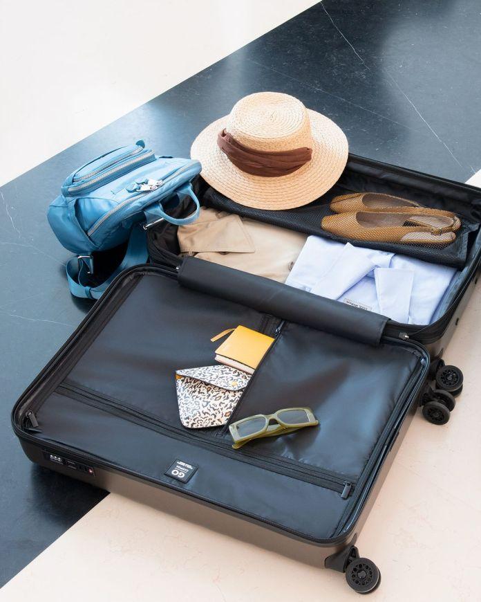 Cliomakeup-valigie-zaini-beauty-case-estate-2021-carpisa-valigia