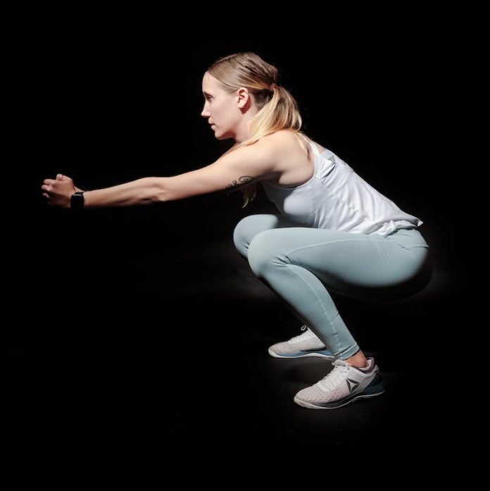 cliomakeup-allenamento-con-lo-step-teamclio-squat