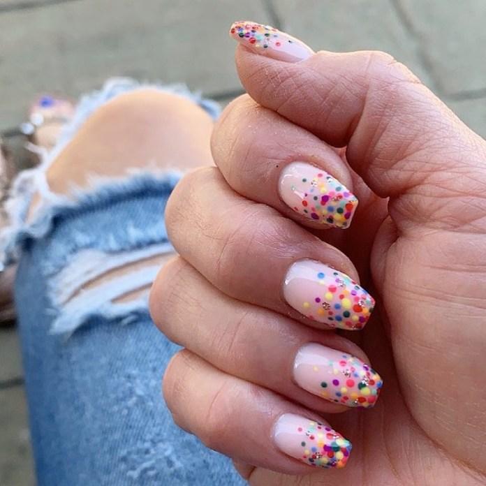 cliomakeup-confetti-nails-estate-2021-teamclio-15