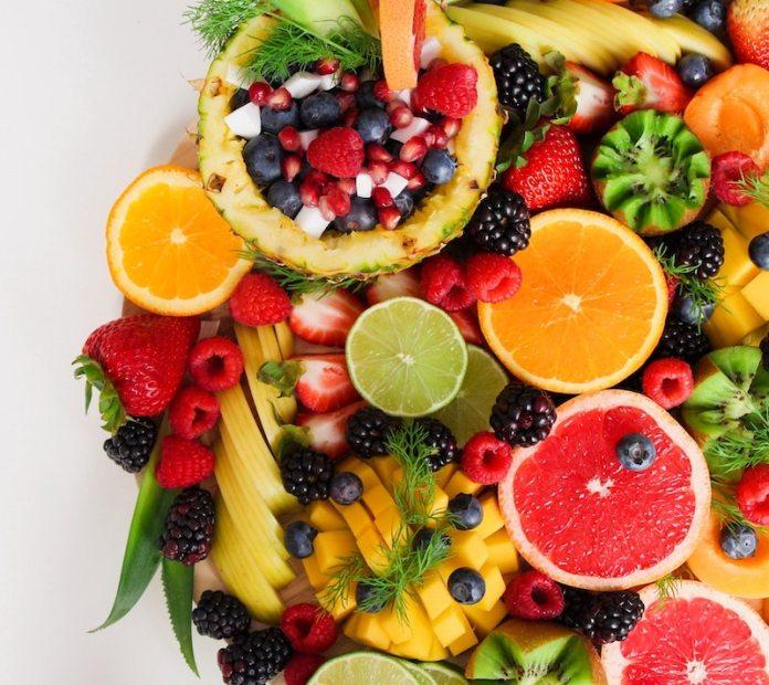 cliomakeup-sport-in-estate-teamclio-frutta