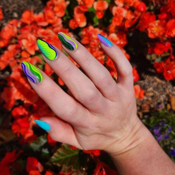 cliomakeup-color-block-nails-2021-design