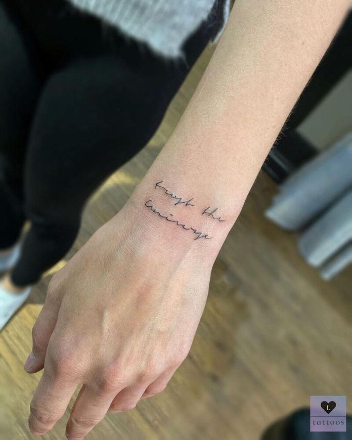 cliomakeup-tatuaggi-polso-frase