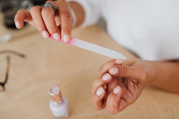 cliomakeup-unghie-ondulate-manicure