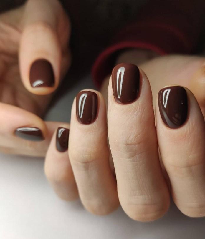 cliomakeup-dark-choco-nails-cioccolato-fondente