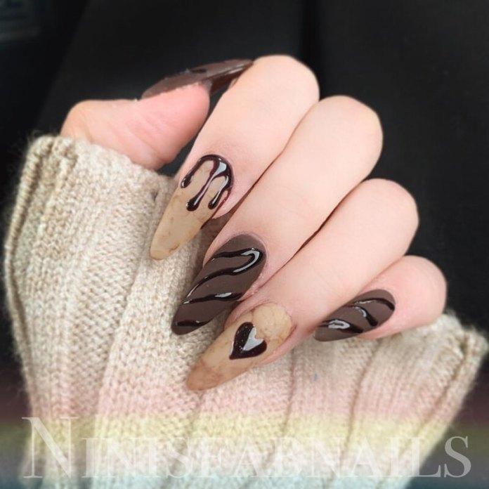 cliomakeup-dark-choco-nails-matte
