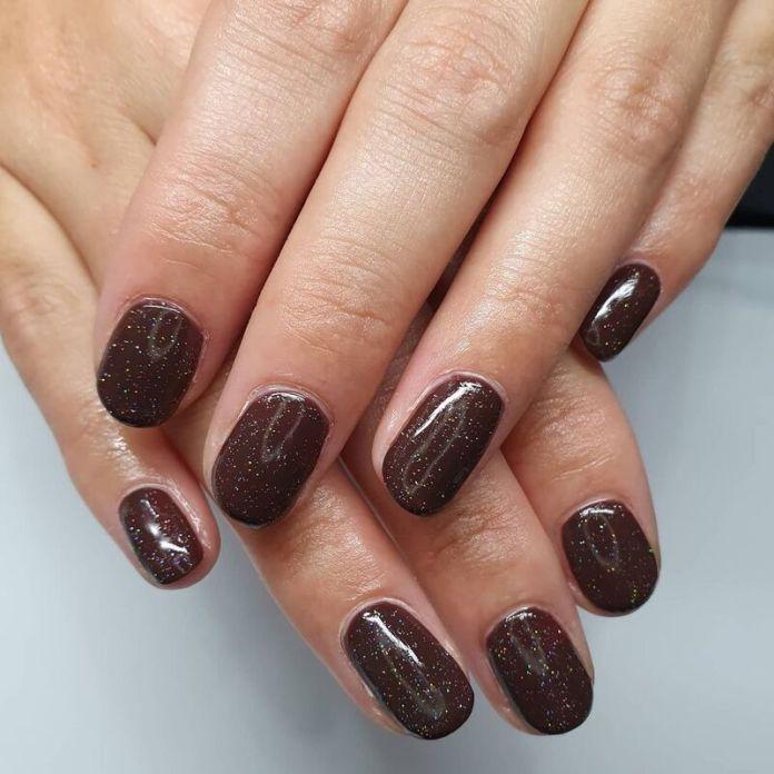 cliomakeup-dark-choco-nails-unghie-corte