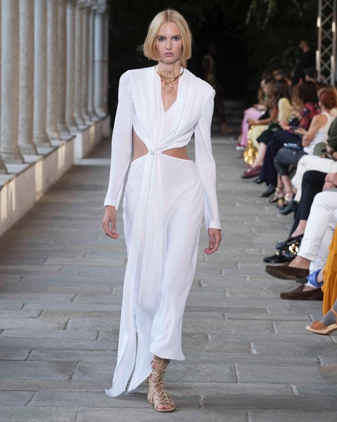 cliomakeup-milano-fashion-week-primavera-estate-2022-7-af