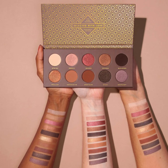 cliomakeup-palette-da-comprare-online-zoeva-cocoa-palette-swatch