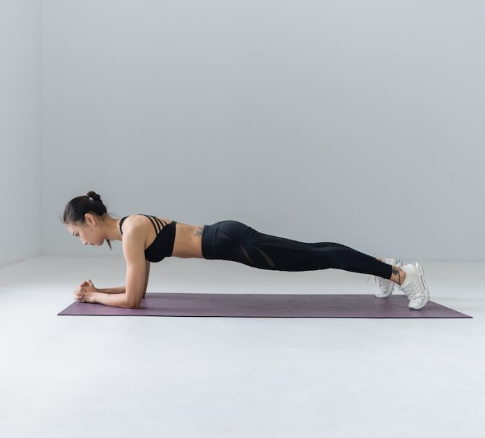 cliomakeup-plank-esercizi-teamclio-7